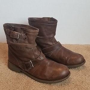 Bikkembergs Distressed booties